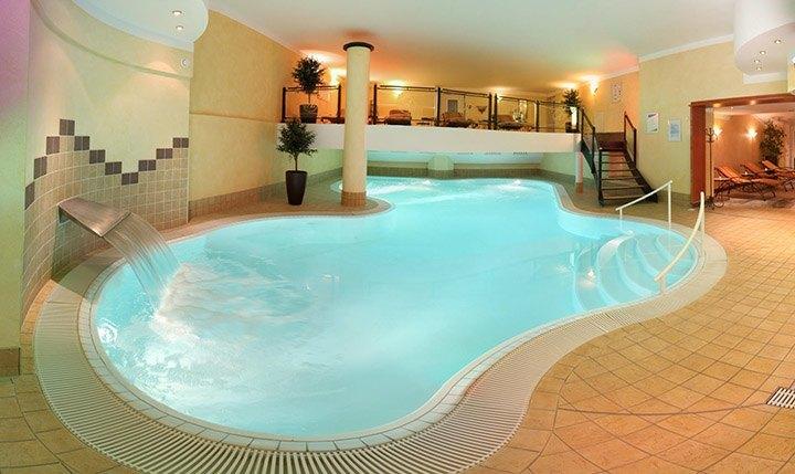 Hotelbild Indoor Pool im Hotel