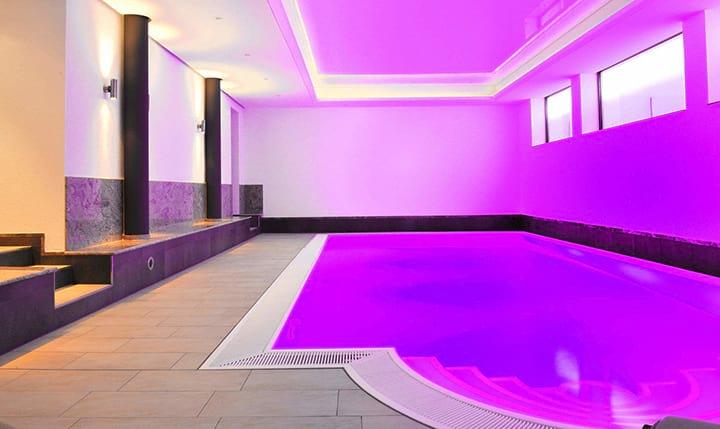 Hotelbild Beleuchteter Pool