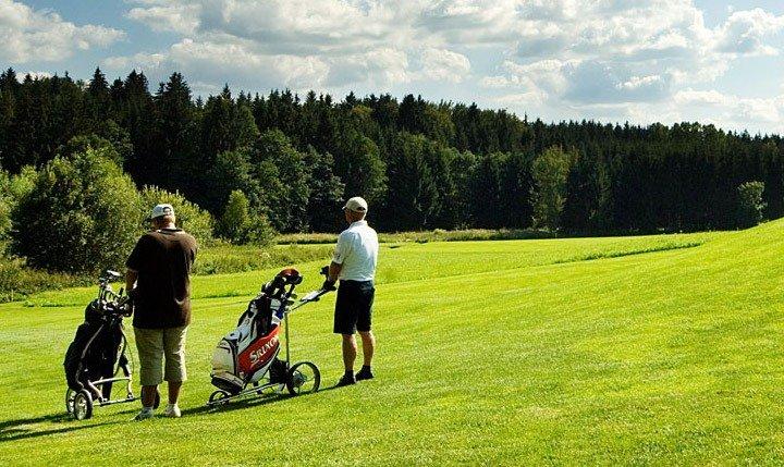 Freizeittipp  Golfen im Bayerischen Wald
