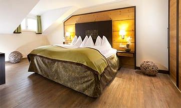 Zimmer Sommer Suiten