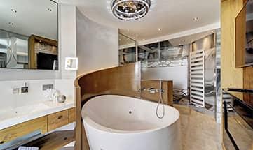 Zimmer Honeymoon Suite