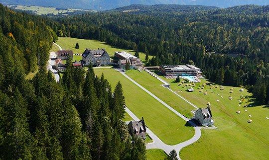 Luftaufnahme vom Hotel Kranzbach